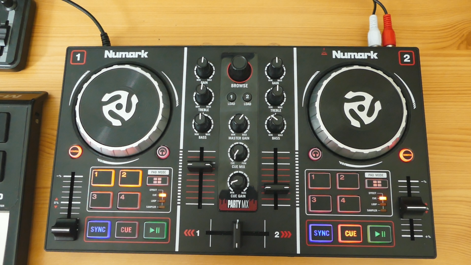 test Platine dj Djing débuter image Numark Party Mix